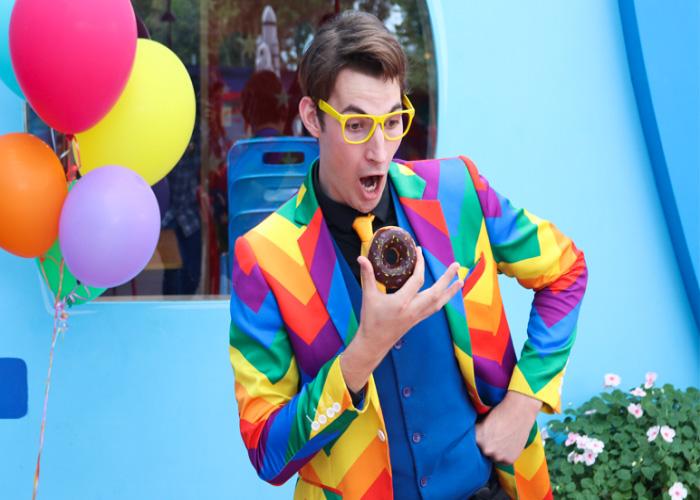 klooun clown animater ksilopodaroi magoi taxydaktyloyrgoi zogler fouskota paixnidia gia paidiko party (2)_edited