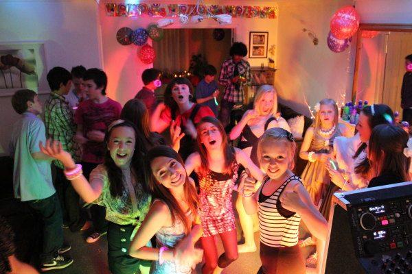 dj - karaoke gia paidiko party (17)