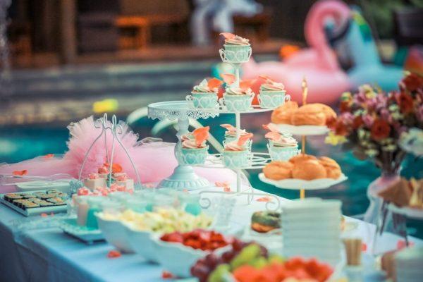 fantasiaevnets - catering - lamonade drink bar - candy bar gia vaptisi - paidiko party - cup cakes - glyka gia vaptisi (5)