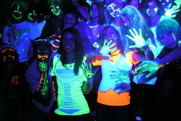 glow party enilikon