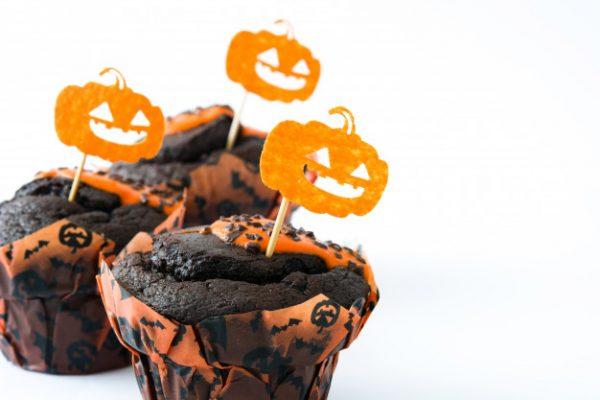 idees gia halloween party halloween etairiko party halloween ekdilosi event halloween diakosmisi halloween glyka halloween kataskeves (27)