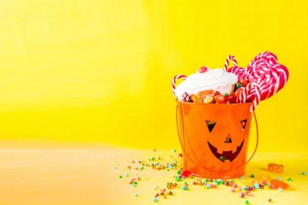 idees gia halloween party halloween etairiko party halloween ekdilosi event halloween diakosmisi halloween glyka halloween kataskeves (36)
